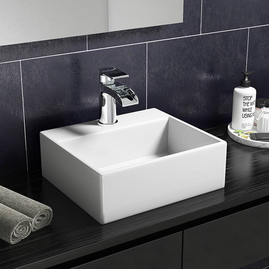 WS-Cassellie 330mm Wall Hung Small Cloakroom Basin-1